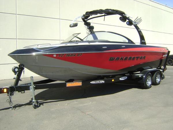 2007 Malibu Wakesetter 247 LSV
