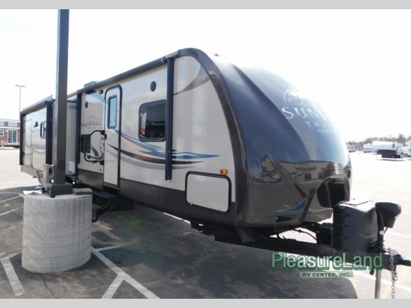 2013 Crossroads Rv Sunset Trail Reserve ST32RL