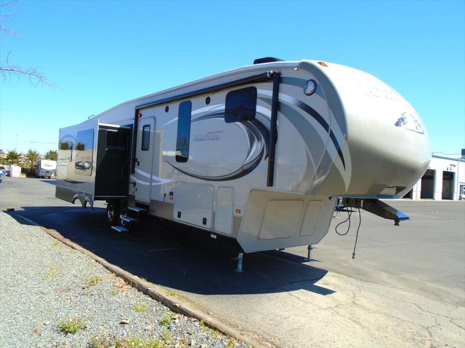 2014 Keystone Montana High Country 343RL