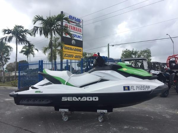 2013 Sea-Doo GTI 130 Lucky Green