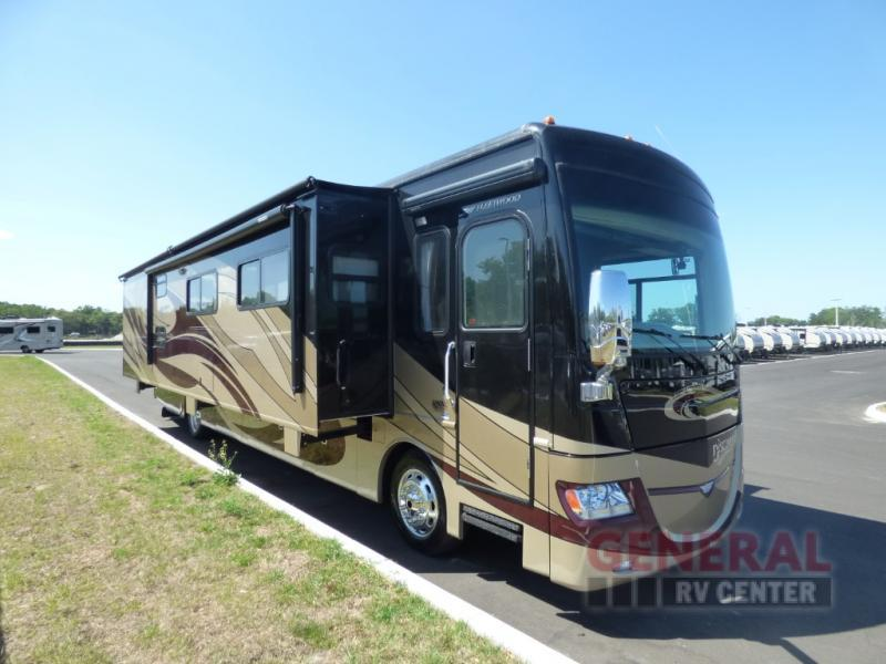 2011 Fleetwood Rv Discovery 40G