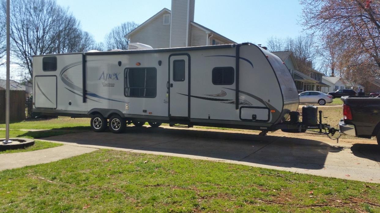 2015 Coachmen APEX ULTRA-LITE 300BHS
