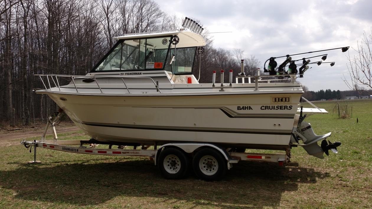 1995 Baha Cruisers 251 FISHERMAN