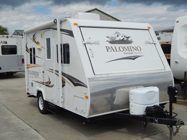 2010 Palomino S-17