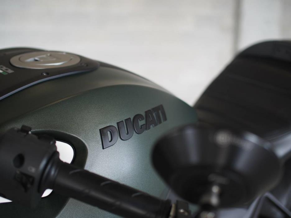 2013 Ducati MONSTER DIESEL