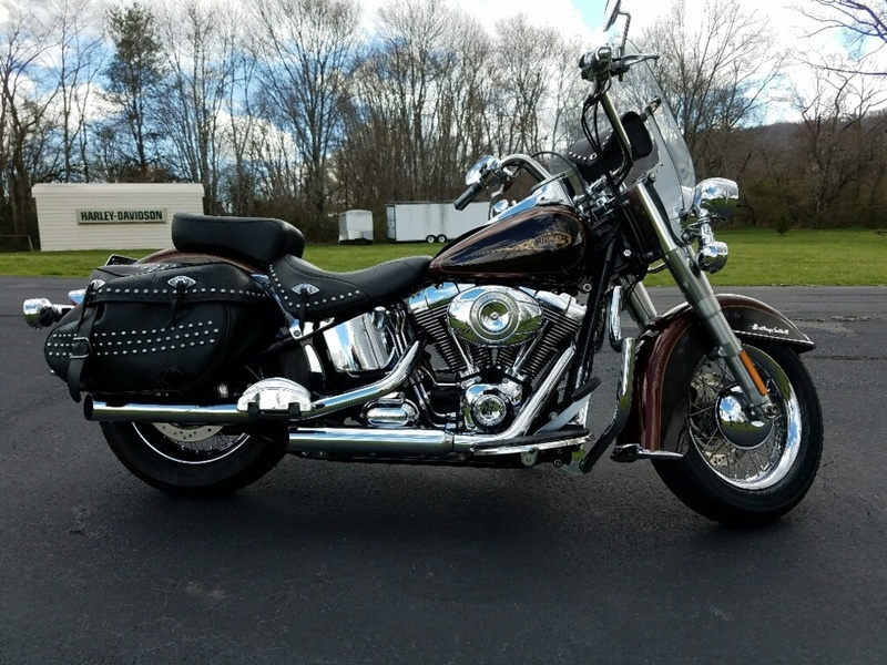 2009 Harley-Davidson FLSTC - Heritage Softail