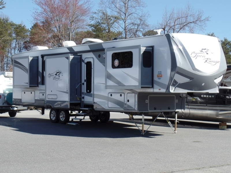 2017 Open Range Rv Roamer Fifth Wheel RF376FBH
