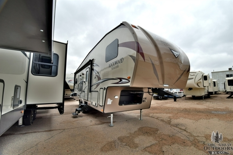 2018 Forest River Rockwood Signature Ultra Lite 8280WS