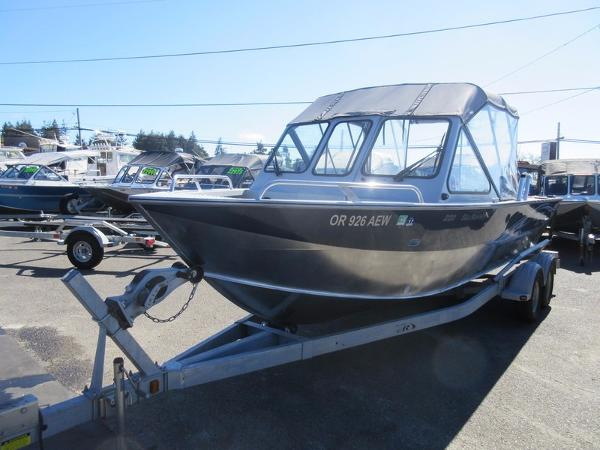 2012 Hewescraft 220 Sea Runner