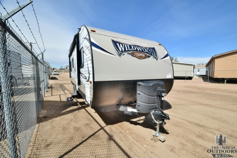 2017 Forest River Wildwood X-Lite 211SSXL