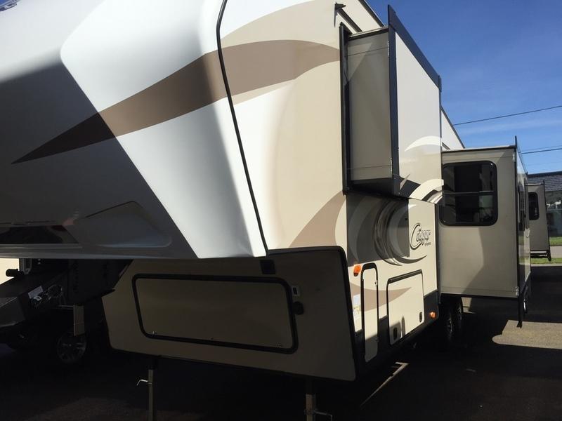 2017 Keystone Rv Cougar Half-Ton 279RKSWE