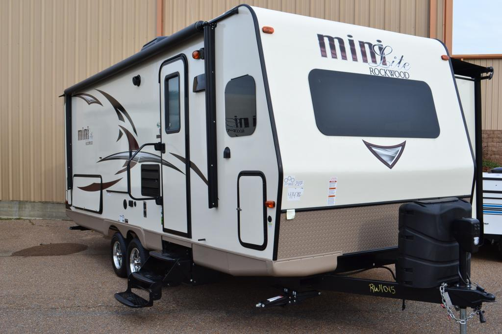 2017 Forest River Rockwood Mini-lite 2506S