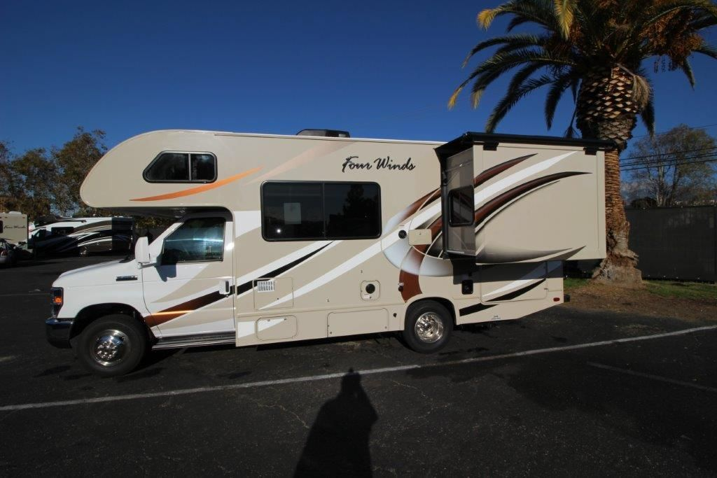2017 Thor Four Winds 22B