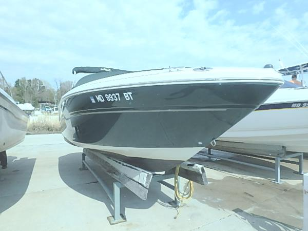 2005 Sea Ray 220 Select