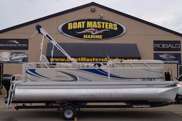 2015 Axpex Marine Qwest LS 820 Sport Cruise