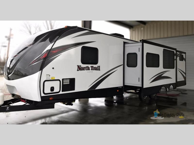 2017 Heartland North Trail 33BUDS