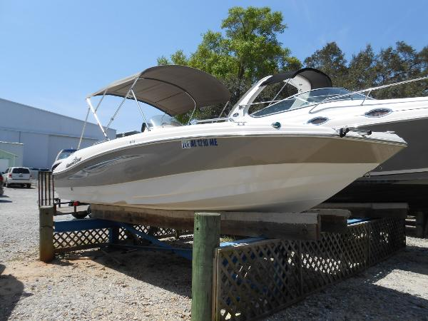 2013 NAUTIC STAR 203 Sport Deck