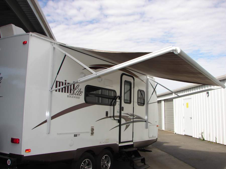 2015 Forest River ROCKWOOD MINI LITE 2104S