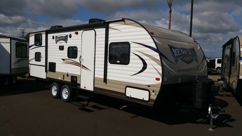 2018 Forest River Wildwood X-Lite 243BHXL