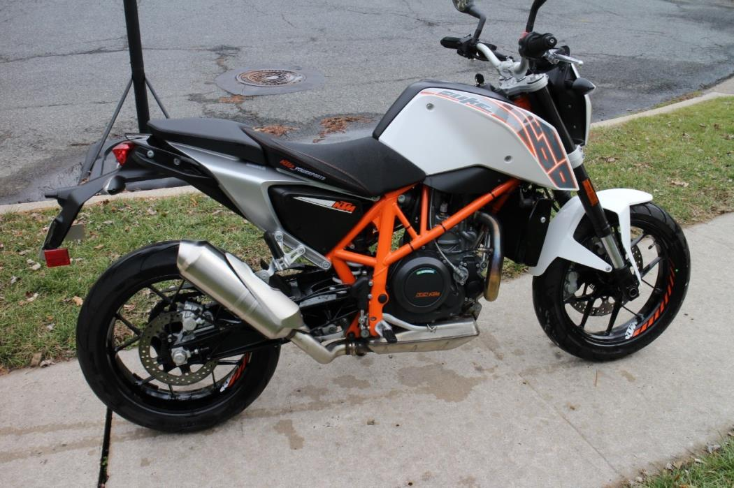 ktm duke 690 motorcycles for sale. Black Bedroom Furniture Sets. Home Design Ideas
