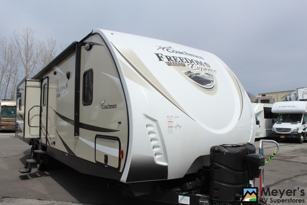 2017 Coachmen FREEDOM EXPRESS M-320BHDS