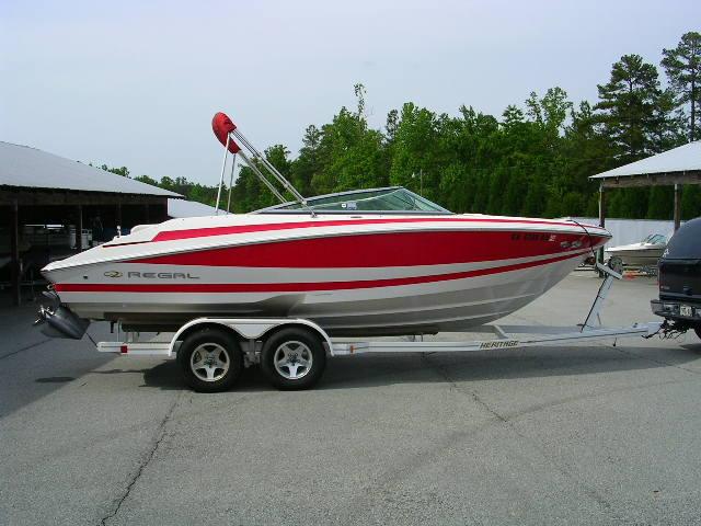 2003 Regal 2200 Bowrider