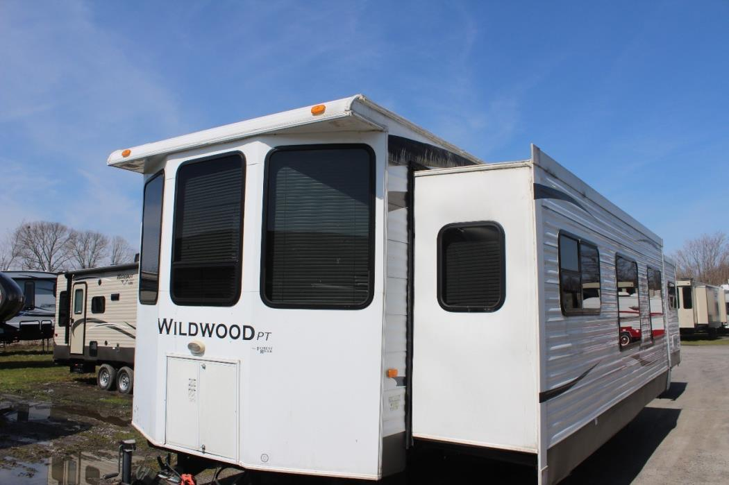 2010 Forest River WILDWOOD 392FLB