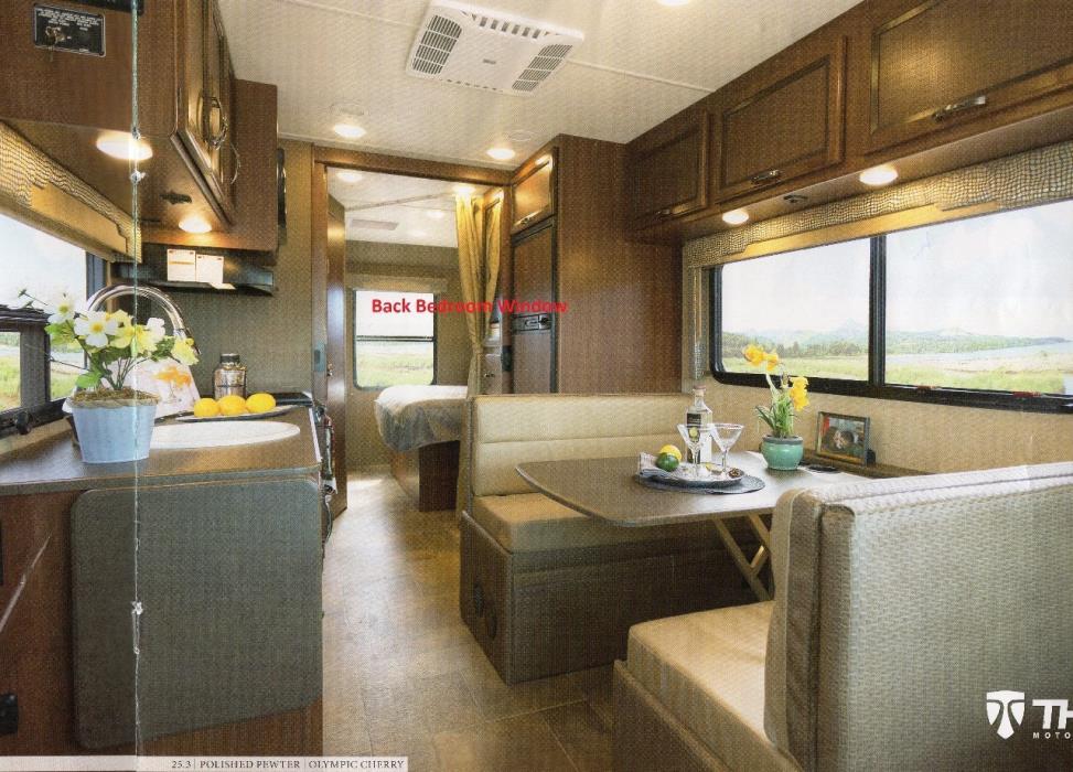 2016 Thor Motor Coach VEGAS 25.3