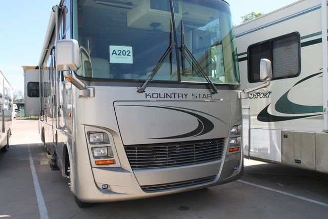 2006 Newmar Kountry Star 3778