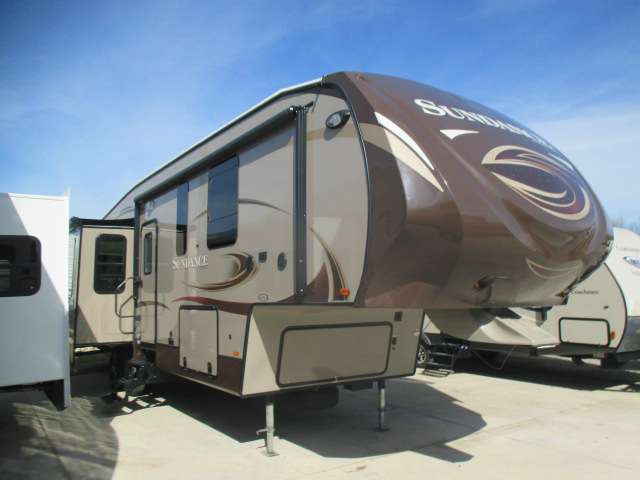2013 Heartland Sundance RV SD 3310CL