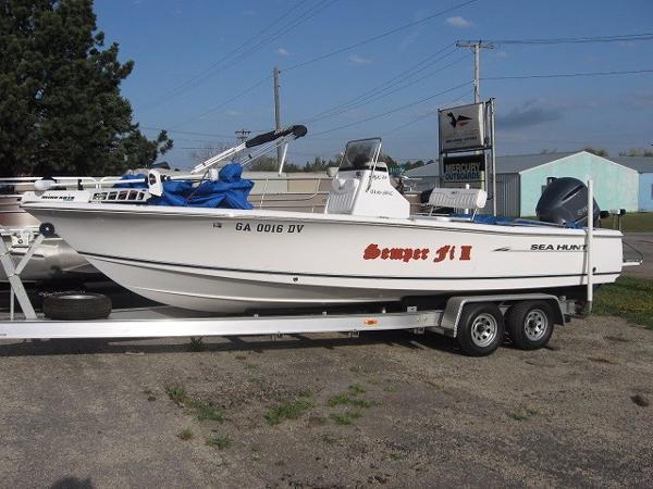 2011 Sea Hunt 250 4S V6