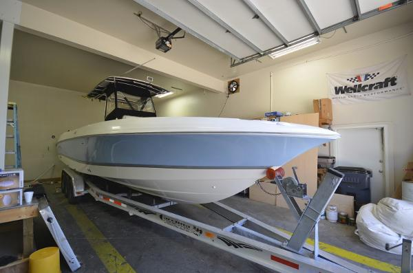 2004 Wellcraft 32 CCF