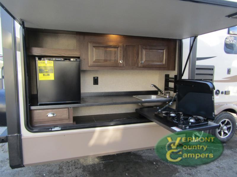 2018 Forest River Rv Rockwood Signature Ultra Lite 8301WS