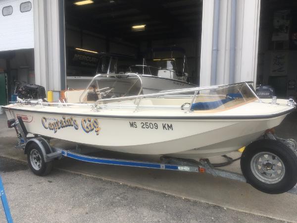 1988 Boston Whaler 17' Newport