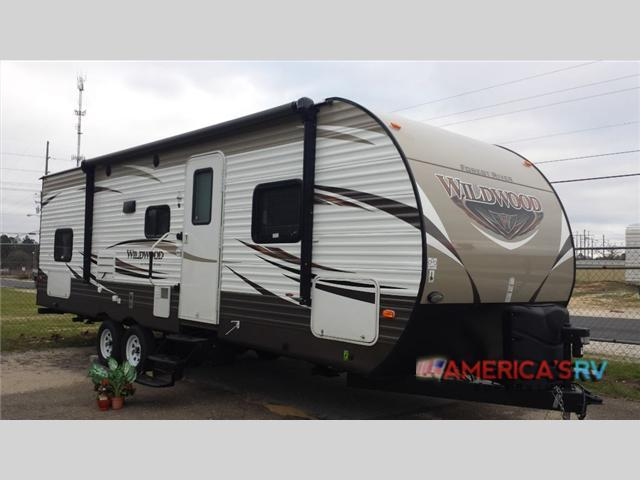 2017 Forest River Rv Wildwood 28DBUD