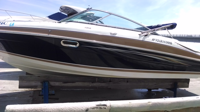 2008 Four Winns H Series H200