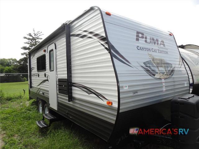2017 Palomino Puma XLE 21TUC