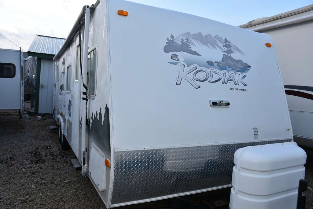 2006 Thor Motor Coach Thor Industries 27RBSL KODIAK BY SKAMPER