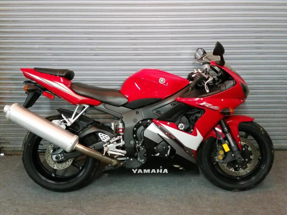 2005 Yamaha YZF-R6S