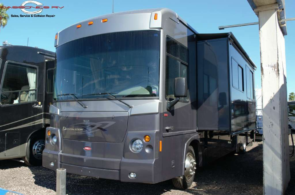 2008 Winnebago Destination 38W