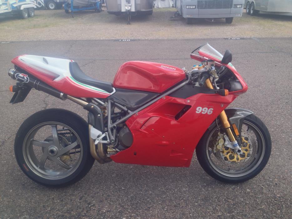 2001 Ducati SUPERBIKE 996