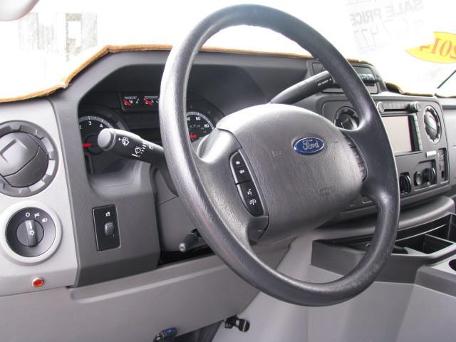 2014 Ford ECONOLLINE 250S, 7