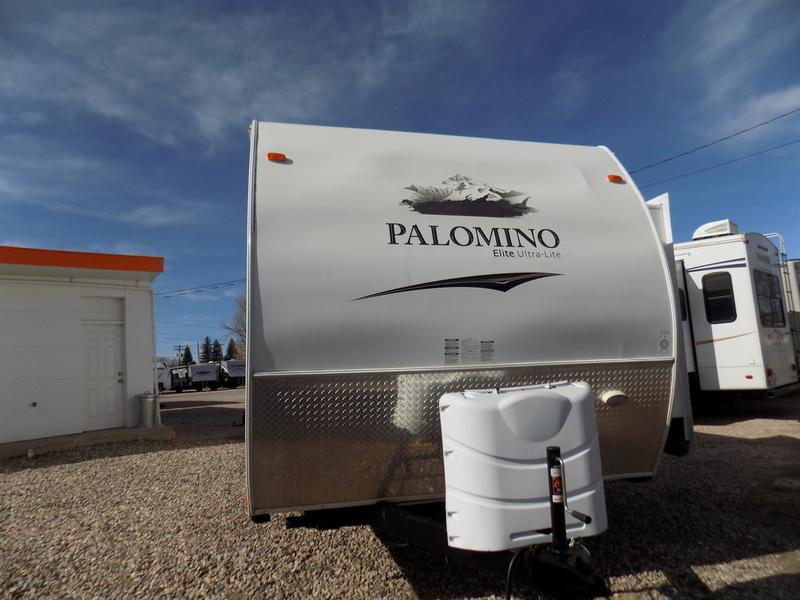2012 Palomino Thoroughbred 829RLQS
