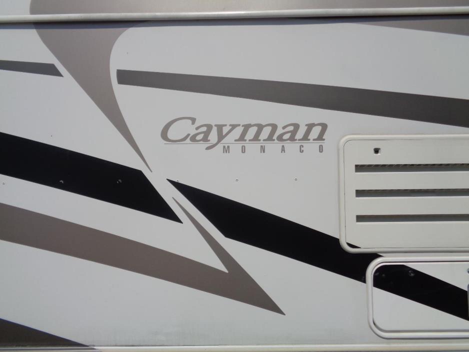 2005 Monaco Cayman 32PBD