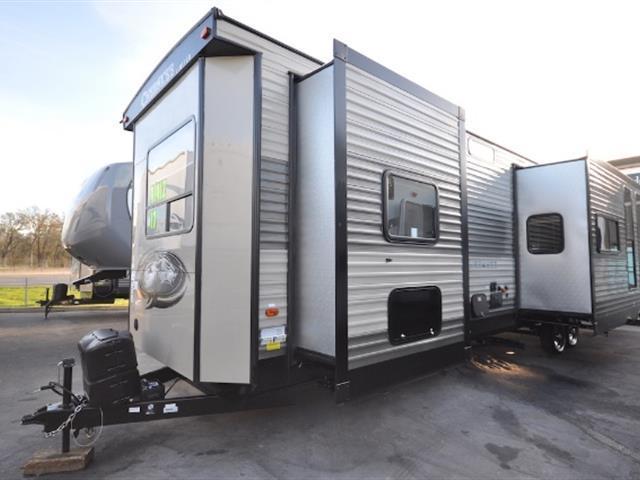 2017 Cherokee 39 KR, 3