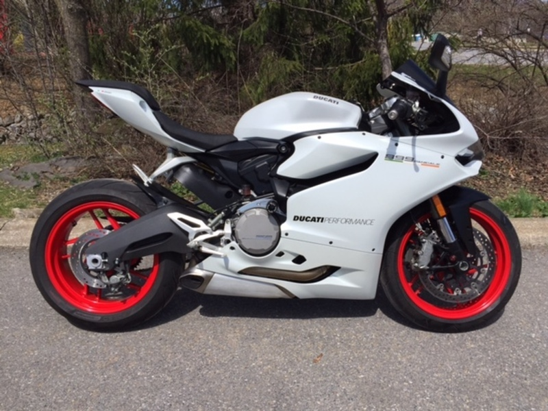 2015 Ducati 899 Panigale Star White Silk