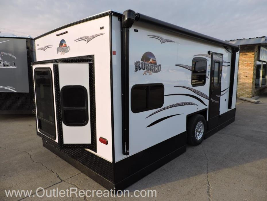2018 Ice Castle 8X17 Rugged RV