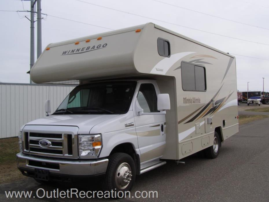2016 Winnebago Minnie22R
