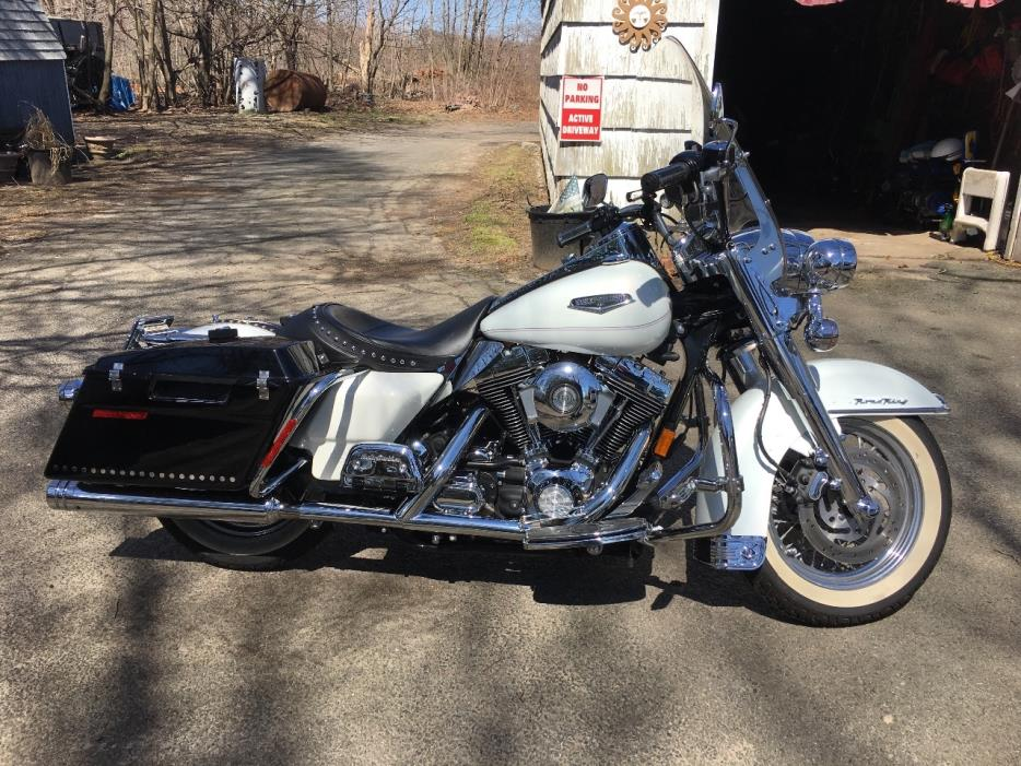harley davidson road king classic motorcycles for sale in new york. Black Bedroom Furniture Sets. Home Design Ideas