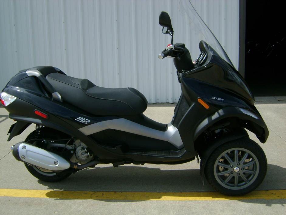 piaggio mp3 250 motorcycles for sale. Black Bedroom Furniture Sets. Home Design Ideas